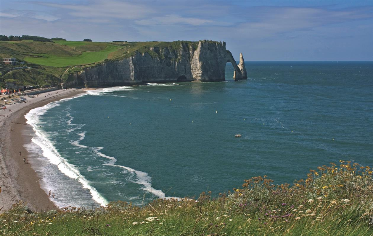 Etretat tourisme normandie vacances seine maritime for Haute normandie tourisme